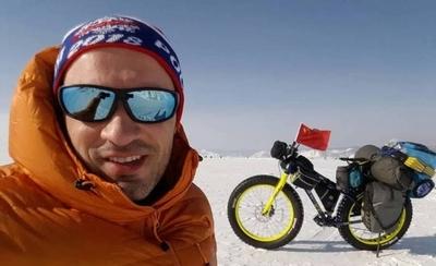 HOY / Un brasileño se prepara para ser el primer ciclista en atravesar la Antártida