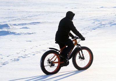 Primer ciclista en atravesar la Antártida