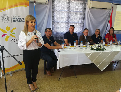 """El """"Destino Paraguay en Semana Santa"""" fue presentado en la ciudad argentina de Posadas"""
