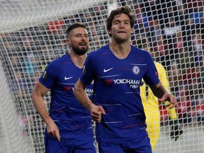 Kepa y Marcos Alonso impulsan al Chelsea