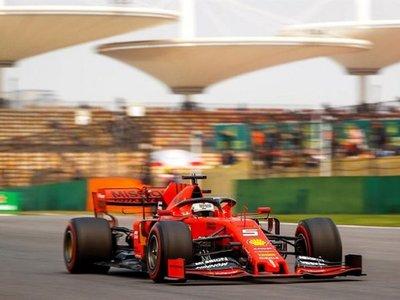 """Vettel: """"El coche tiene más potencia de la que pensaba"""""""