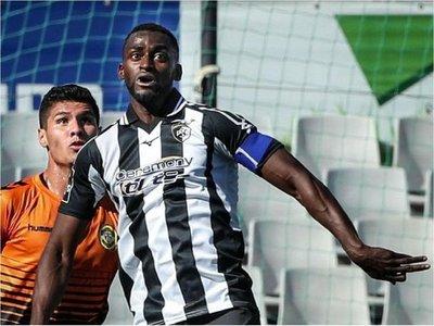Jackson Martínez recupera la sonrisa en su vuelta a Portugal