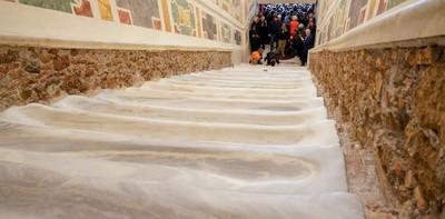 Abren al público peldaños de mármol por los que subió Jesús