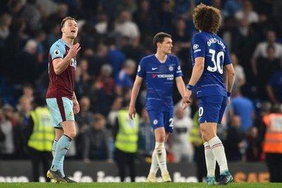 Chelsea pierde la chance ante el Burnley