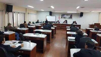 Silencio cómplice de la Junta Departamental   ante la farsa de Vaesken con almuerzo escolar