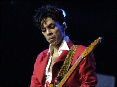 Grabaciones inéditas de Prince verán la luz en junio