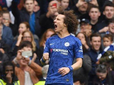 Hazard guía al Chelsea a la tercera plaza