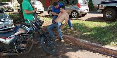Joven brasileño se quitó los ojos con sus propias manos en Ciudad del Este