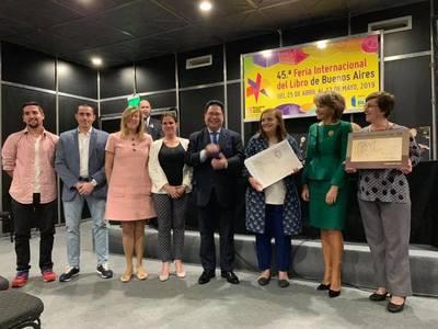Presentan libros nacionales en la 45° FIL de Buenos Aires