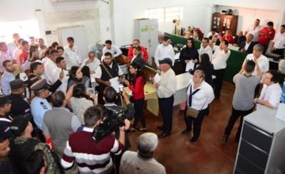 Municipalidad de CDE inicia la rescisión de contratos irregulares