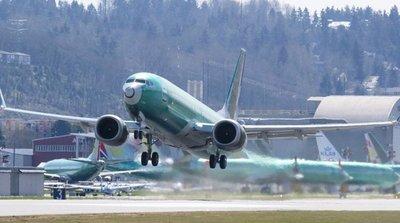 El Boeing 737 MAX modificado se hace esperar