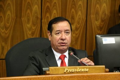 "Para la risa, Cuevas pretende ""fiscalizar"" a fiscales del Brasil"