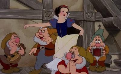 HOY / Marc Webb negocia dirigir la nueva película sobre Blancanieves de Disney