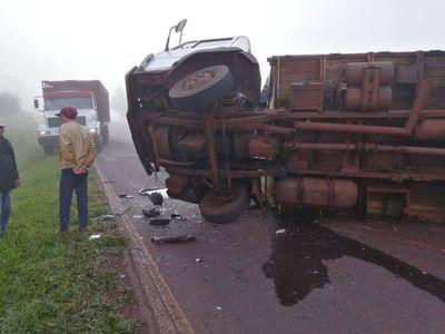 Pésimo estado de ruta en Pirapó causa vuelco