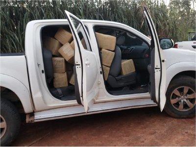 Incautan camioneta con panes de marihuana en Curuguaty