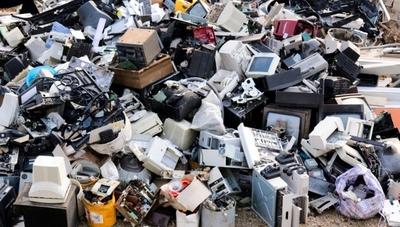 Parlasur considera proyecto para tratar los residuos electrónicos