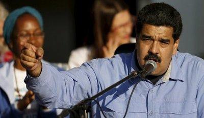 Maduro ordena reabrir todos los pasos fronterizos con Colombia