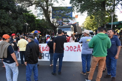 Microcentro parado ante manifestación