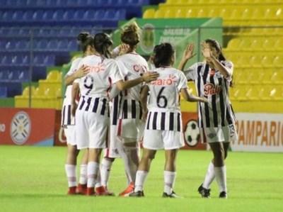 Libertad/Limpeño gana la primera final de Fútbol femenino