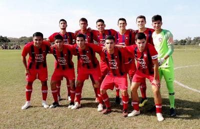 Cerro Porteño, líder en Sub 18