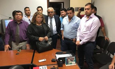 Otra denuncia contra Sandra McLeod Zacarías ante la Fiscalía Adjunta