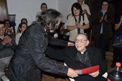 Pa'i Carlos; sesenta años al servicio de la Iglesia Católica