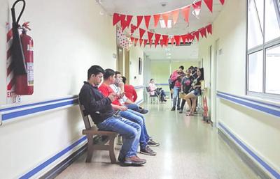 Instan a donar sangre durante todo el mes