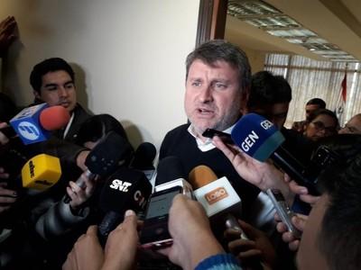 Acuerdo entre Gobierno y CNI: fondos salen del presupuesto establecido, aseguró ministro