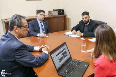 Universidad colombiana propone a la SNC acuerdos bilaterales en materia cultural