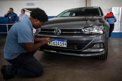 Desde hoy comienzan a registrarse vehículos con la chapa Mercosur