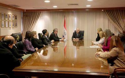 Ministro recibió a representantes del gremio de jueces