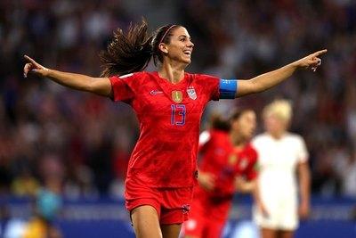 Morgan anotó y Estados Unidos venció a Inglaterra