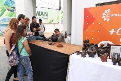 Actividades variadas en el stand de la SNC, en la Expo Mariano