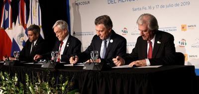 Cuatro países del Mercosur formalizan postulación a la Copa del Mundo 2030