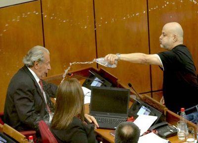 Senado analiza hoy sanciones a Enrique Riera y Paraguayo Cubas