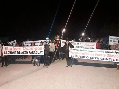 Marchan a favor de la institucionalidad en Olimpo