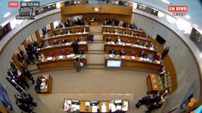 Levantan sesión en el Senado