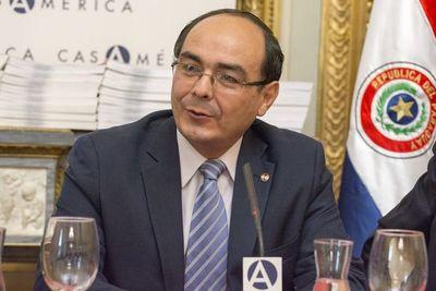 Cancillería presentó lista de asesores para negociaciones del tratado de Itaipu