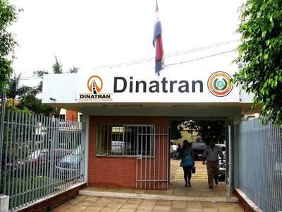 Denuncian a la Dinatran por otorgar itinerario sin licitar