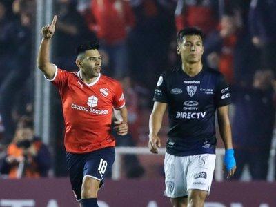 Independiente se recupera y consigue una victoria en el último minuto