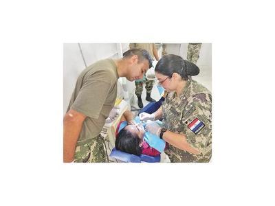 Militares  brindaron atención odontológica