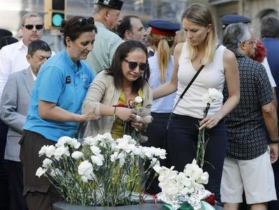 División y tensión política en segundo aniversario del atentado de Barcelona