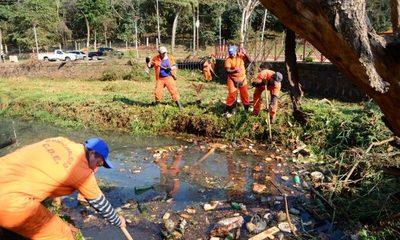 Limpian el lago de la República, piden no ensuciar el cauce hídrico