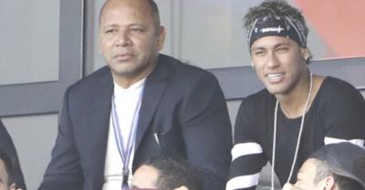 Oñembo hepyvéntema Neymar: pide un platal