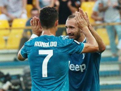 Juventus no brilla, pero arranca la Serie A con triunfo en Parma