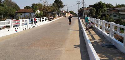 Vecinos decidieron arreglar puentes y no esperar sentados una respuesta