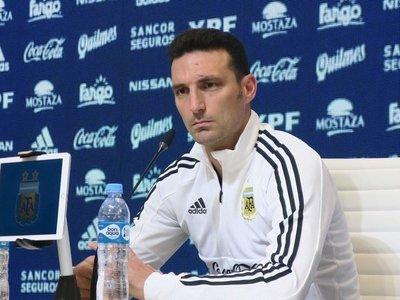 Scaloni cita a Alario para los partidos de Argentina ante Chile y México