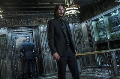 """Keanu Reeves: ascenso, caída y resurgimiento del último """"novio de Internet"""""""