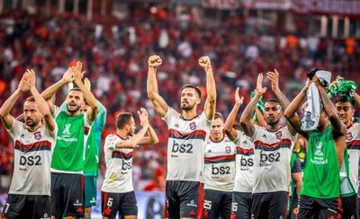 HOY / Flamengo empata y vuelve a semifinales de la Libertadores tras 35 años
