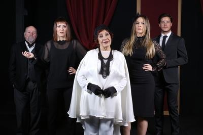"""Últimas funciones de la comedia """"¡¿El funeral?!"""" en Arlequín Teatro"""